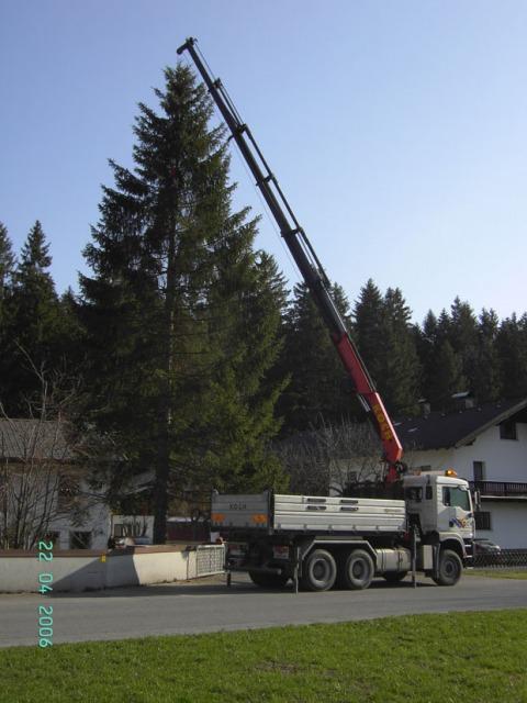 Startseite erdbau transporte kranarbeiten schneer umung for Koch transporte